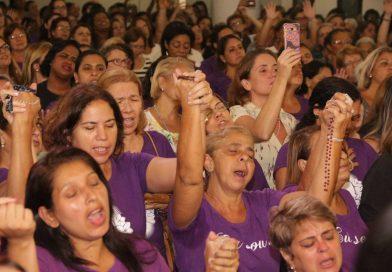 Terço das Mulheres, 3.702 fiéis!